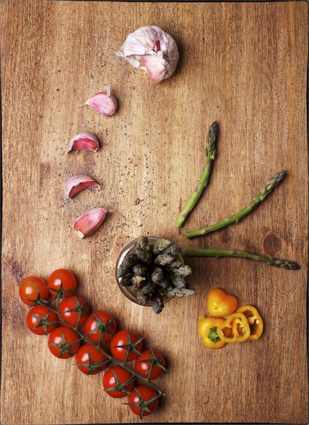 Bodegón tomates verduras